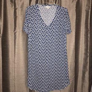 4~$15 H&M V-neck Shift Dress